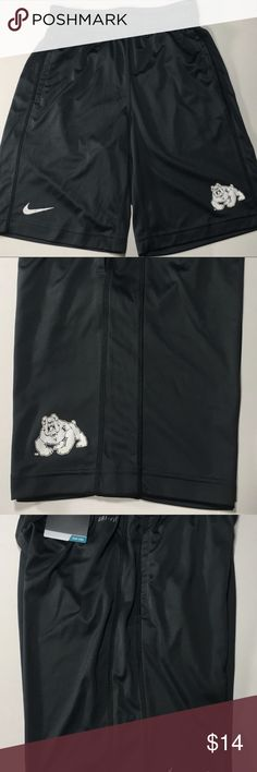 Nike Dri-Fit Fresno State Bulldogs Boys Shorts Fresno State Bulldogs Boys Nike Dri-Fit Gray Small Fly Shorts Youth NCAA B73289   Condition: New Brand: Nike Color: Gray Gender: Boys Product: Shorts Size: S Team: Fresno State Bulldogs Style: Shorts Model Number: B73289 Nike Bottoms Shorts