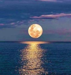 Moon over Ocean by Nature Visualisation Techniques, Abstract Landscape, Landscape Paintings, Acrylic Paintings, Stars Night, Landscape Photography, Nature Photography, Photography Tips, Photography Aesthetic