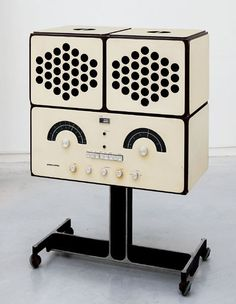 Vintage Hi Fi by Castiglioni. #vintageaudio #music http://www.pinterest.com/TheHitman14/ghosts-of-audios-past/