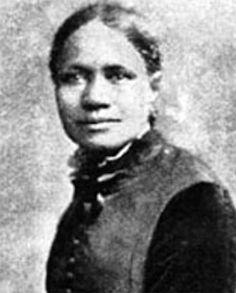 María W. Stewart.  Fue la primera mujer estadounidense en hablar ante una audiencia sobre mezclar géneros y razas, así como la primera mujer afroamericana que realizó un discurso público en la historia. Habló apasionadamente en favor de los derechos de la mujer y contra la esclavitud. Tomar estas posturas en el siglo 19 era una decisión audaz.