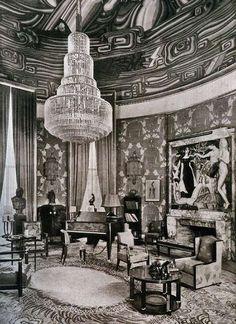 Art deco interior Ruhlmann's Grand Salon exhibit at the 1925 Paris Exposition Internationale des Arts Decoratifs et Industriels Modernes Art Deco Decor, Art Deco Home, Art Deco Design, Decoration, Art Deco Period, Art Deco Era, Hotel Art Deco, Art Nouveau, French Art Deco