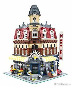 10182 Lego Cafe Corner Modular Building.  Released 2007.