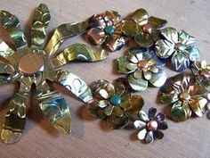 Metal Flower Mini Class  I was inspired by some flowers that Leandra of Paper Artsy had done but I didn't have the different products & ...