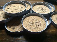 DIY-coasters made from mason jar lids. DIY-coasters made from mason jar lids. Mason Jar Projects, Mason Jar Crafts, Cute Crafts, Crafts To Do, Diy Crafts, Fabric Crafts, Wood Crafts, Diy Coasters, Homemade Coasters