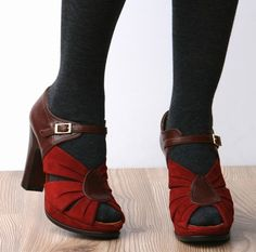 loving this look for Fall-- amazing chie mihara shoes with tights!