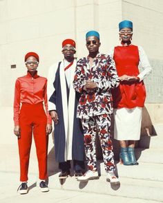 Trevor Stuurman is a rising star in the art world, whose art captures the elegant style of the African people. Vote for him on One Source Live. African Wear, African Fashion, Beauty Editorial, Editorial Fashion, Editorial Photography, Fashion Photography, Photography Magazine, Africa Art, Afro Punk