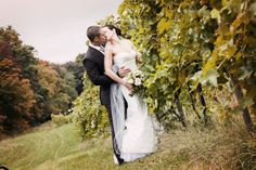 Venue: Priam Vineyards, Tommy at Net Martin Wedding Photography #VineyardWedding #PriamWeddings #FallWedding