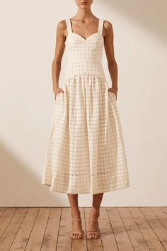 Minimalist Dresses, Minimalist Fashion, Midi Sundress, Midi Skirt, Summer Dress Outfits, Spring Outfits, Women's Fashion Dresses, Casual Dresses, Casual Wear