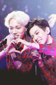 kai and baekhyun being cute and adorable <3