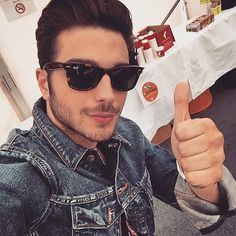 #Repost from @gianginoble11 with @ig_saveapp. Everything's great in Vienna! Tutto Alla grande qui a Vienna!  #Eurovision2015