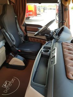 Bmw E9, Automotive Upholstery, Truck Interior, Trucks, Thin Blue Lines, Buses, Mercedes Benz, Car Seats, Camper