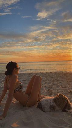 Beach Aesthetic, Summer Aesthetic, Aesthetic Fashion, Summer Photos, Beach Photos, Beach Day, Summer Beach, Summer Sunset, Summer Vibes