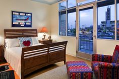Room 20 decorated by Southwest Airlines: It is a perfect example of a beautifully decorated room for our families!