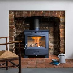 Hamlet Solution 5 Widescreen (S4) stove - Arada Stoves Solid Fuel Stove, Wood Fuel, Snug Room, Cottage Fireplace, Glass Door, Home Appliances, Traditional, Stoves, Fire Places