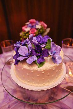 purple wedding decor Purple Wedding Decorations, Sallys Baking Addiction, Elegant Cakes, Shades Of Purple, Favorite Color, Wedding Gowns, Wedding Ideas, Desserts, Food