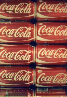 coke tastes better in cans