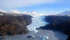 Tustumena Glacier from the air. Photographer: Dr. David Wartinbee