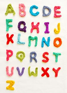 Colorful alphabet. Photo tutorial and written instructions are included for each letter in the free pattern by Handy Kitty.