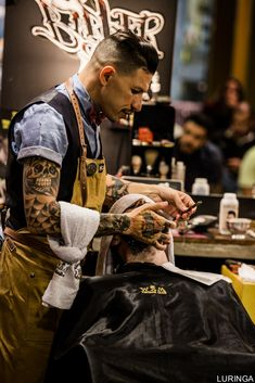 It can be calm or still, and rough or rigid, but in the end, it is always beautiful. Beard Styles For Men, Hair And Beard Styles, Tony Barber, Barber Shop Decor, Barber Shop Vintage, Barber Tattoo, Barber Apron, Its A Mans World, Beard Tattoo
