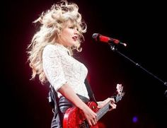 #TaylorSwift on the #RedTour