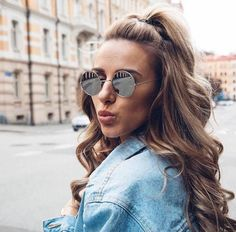 Quick And Easy Halfup Halfdown Hairstyles #Musely #Tip