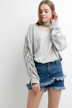 Choker Sweatshirt Top