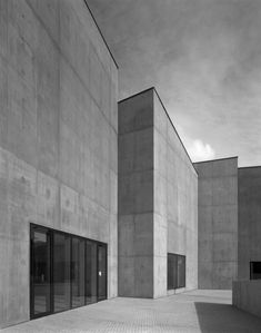 David Chipperfield, The Hepworth Wakefield, West Yorkshire, UK, 2011 Photographed 2010 by Hélène Binet
