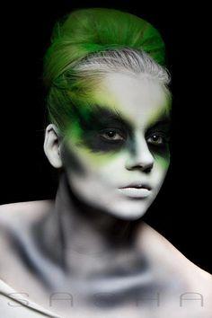 http://www.facebook.com/photo.php?fbid=434124299967400=pb.260463097333522.-2207520000.1352244432=3