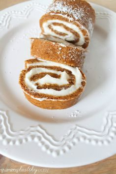 Easy Pumpkin Roll Dessert #pumpkin #pumpkinroll #dessert
