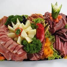 Bilderesultater for koldtbord bilder Fruit Salad, Cobb Salad, Food, Fruit Salads, Meal, Essen, Hoods, Meals, Eten