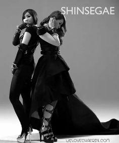 MINZY & CL LOVES SHINSEGAE