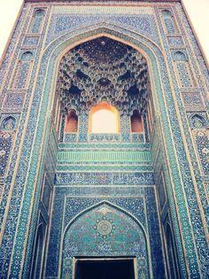 Jameh Mosque of Yazd, Iran (14th century)