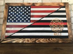Firefighter Cross, Firefighter Decor, Pallet Flag, Wood Flag, Project Ideas, Craft Ideas, Projects, Flag Ideas, Wooden American Flag