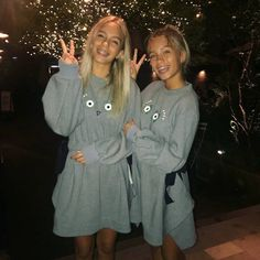 Lisa and Lena goodnight post on Instagram