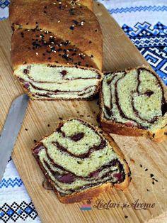COZONAC DE POST CU NUCĂ ȘI RAHAT Sweet Cakes, Tiramisu, Sandwiches, Bread, Breakfast, Ethnic Recipes, Food, Chocolates, Candy Cakes