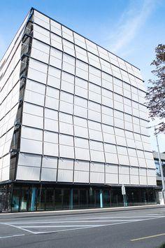 Roche Building, Basel    Herzog & de Meuron, 2006