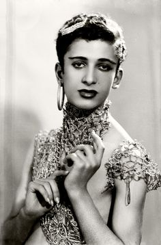 vintage everyday: Maryam Şahinyan: The First Female Photographer of Turkey