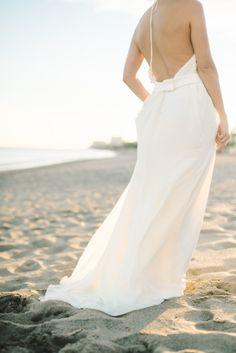 Backless dress: http://www.stylemepretty.com/destination-weddings/2015/03/13/spanish-seaside-bridal-inspiration/ | Photography: Renee Hollingshead - http://www.reneehollingshead.com/