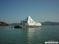 """This is an 'Anchor-out"""" in Richardson Bay, Sausalito CA - different than regular houseboats/floating homes that are hooked up to water/sewer/electric services."""