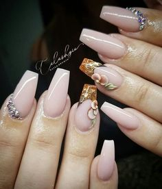 Nude Nails, Beauty, Beige Nail, Simple Nails, Beauty Illustration
