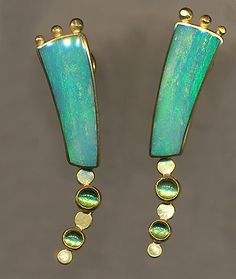 Jeff  Susan Wise - 18K gold with inlaid australian opal  cabachon tourmaline