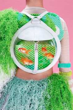Live Animal-Inhabiting Bags - The Fishbowl Bags Has a Real Fish Inhabiting the Bag (GALLERY)