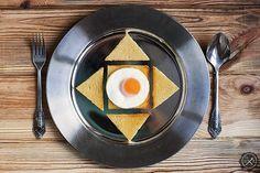 Smażone jajko na toście / Fried Egg on Toast. https://miodowekrolestwo.com/2018/01/smazone-jajko-na-toscie/