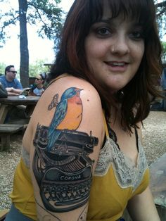 Check out this chick! She's got a Murakami Wind-Up Bird Chronicle Tattoo. Do you think mum would notice? Writer Tattoo, Book Tattoo, Tattoo You, Chicago Tattoo, Literary Tattoos, Nerd Love, Haruki Murakami, Woman Painting, Diy Projects To Try