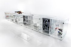 Made almost entirely of glass, the MVRDV designed Infinity Kitchen is a fully transparent twist on the typical modern day modular kitchen! The design