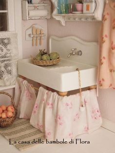 Shabby country kitchen sink  1/12 dolls house by FloraDollhouse, $45.00
