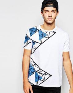 Camiseta skater holgada con estampado de triángulos de ASOS