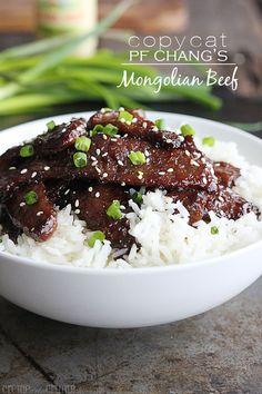 Copycat+P.F.+Chang's+Mongolian+Beef+http://lecremedelacrumb.com/2013/12/copycat-p-f-changs-mongolian-beef.html
