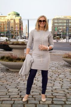 Oui Minimal Outfit, Aging Gracefully, Chic, Inspiration, Outfits, Style, Fashion, Shabby Chic, Biblical Inspiration