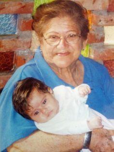 Abuela y nieta...2002?